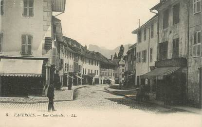 """.CPA  FRANCE 74 """"Faverges, Rue centrale """""""