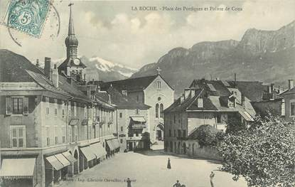 ".CPA FRANCE 74 ""La Roche, Place des portiiques"""