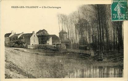 "CPA FRANCE 77  ""Isles les Villenoy, L'Ile Charlemagne"""