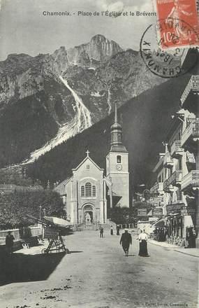 """.CPA FRANCE 74 """"Chamonix, Rue de l'église et le Brévent  """""""