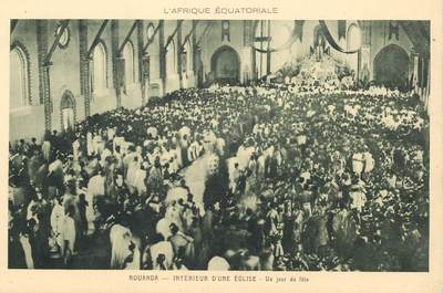 """CPA ROUANDA / RWANDA """"Intérieur de l'Eglise"""""""