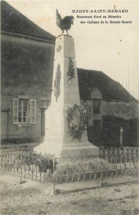 """.CPA  FRANCE 21 """"Magny St Medard, Monument aux morts"""""""