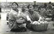 """Amerique  CPA GUATEMALA """"Femmes au marché"""""""