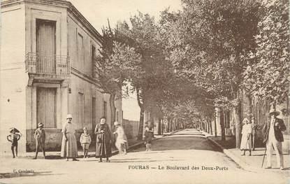 """.CPA   FRANCE 17 """" Fouras les Bains, Le Boulevard des deux Ports"""" """""""