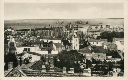 """.CPSM  FRANCE 85  """"Ile d'Yeu, Vue générale du Port Joinville"""""""