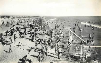 """.CPSM FRANCE 85  """" St Jean de Monts, La plage  """""""