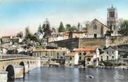 """86 Vienne . CPSM   FRANCE 86 """" L'Isle Jourdain, Le pont St Sylvain, vue sur l'église"""""""