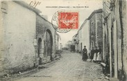 "16 Charente CPA FRANCE 16 ""Coulgens, la Grande rue"""