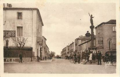 """.CPA  FRANCE 34 """" Mèze,  Avenue de Montpellier"""""""