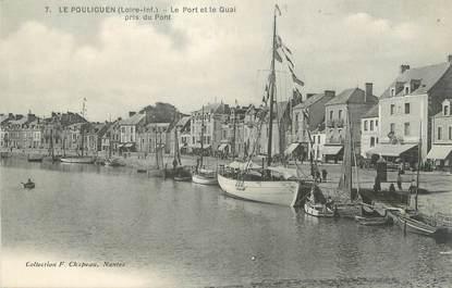 """.CPA  FRANCE 44 """"Le Pouliguen, Le port et le quai"""""""