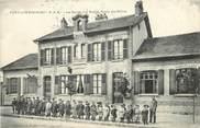 """77 Seine Et Marne CPA FRANCE 77  """"Fontaine Fourches, la Mairie et les Ecoles"""""""
