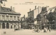 """15 Cantal .CPA FRANCE 15   """"Mauriac, Place de l'Hôtel de Ville"""""""