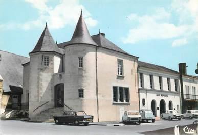 """CPSM FRANCE 49 """"Doué la Fontaine, Hotel de ville"""""""