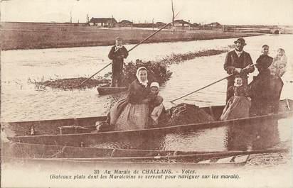 """.CPA FRANCE 85 """" Challans, Les yoles au marais"""""""