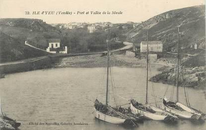 """.CPA  FRANCE 85 """" Ile d'Yeu, Port et vallée de la Meule"""""""