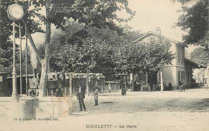 """CPA FRANCE 26 """"Dieulefit, la gare"""""""