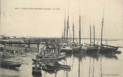 ". CPA FRANCE 85 ""Aiguillon sur Mer, Le port"""
