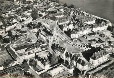 """CPSM FRANCE 76 """"Caudebec en Caux, l'Eglise et les nouveaux immeubles"""""""