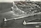 """76 Seine Maritime CPSM  FRANCE 76 """"Fécamp, l'entrée du port et les falaises"""""""