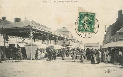 ".CPA  FRANCE 45 ""Patay, Le marché"""