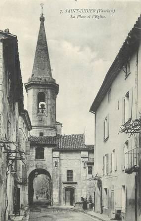 """.CPA  FRANCE 84 """"St Didier, La place et l'église"""""""