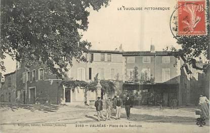 """.CPA  FRANCE 84 """"Valréas,  Place de la Recluse"""""""