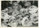 "75 Pari PHOTO ORIGINALE / FRANCE 75 ""Paris, les masques du Mardi Gras"""