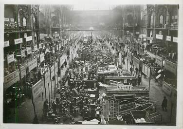 """PHOTO ORIGINALE / FRANCE 75 """"Paris, Salon de la machine agricole au Grand Palais"""""""