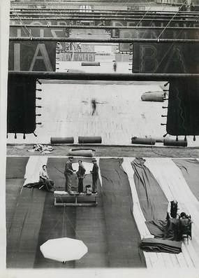"""PHOTO ORIGINALE / FRANCE 75 """"Paris, Salon de l'Automobile au Grand Palais"""""""