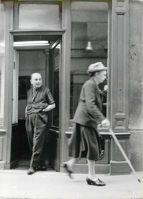 "PHOTO ORIGINALE / FRANCE 75 ""Paris, Horloger rue Jacob"""