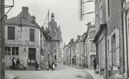 """.CPSM FRANCE  49 """"Rochefort sur Loire, Carrefour principal"""""""
