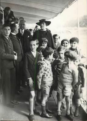 """PHOTO ORIGINALE / FRANCE 75 """"Paris, Inauguration du nouveau service de promenades des bateaux mouches, 1935"""""""