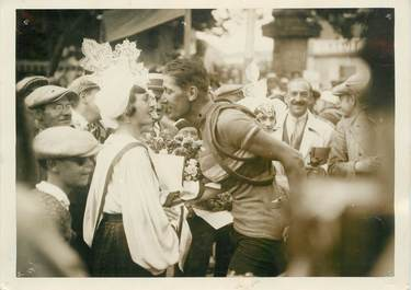 """PHOTO ORIGINALE / FRANCE 85 """"Les Sables d'Olonne, le Tour de France, le vainqueur Ch. Pelissier"""" / CYCLISME"""