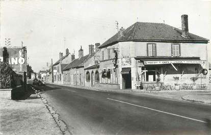 ".CPSM  FRANCE 89 ""Champigny sur Yonne, Route nationale"""