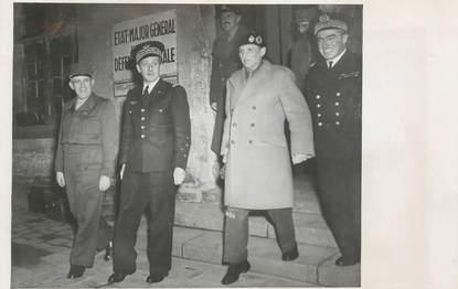 """PHOTO ORIGINALE / THEME """"1948, Hotel des Invalides, le Maréchal Montgomery"""""""