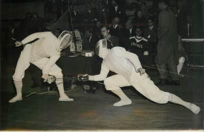 """PHOTO ORIGINALE / THEME SPORT """"Escrime, championnats du monde, 1957"""""""