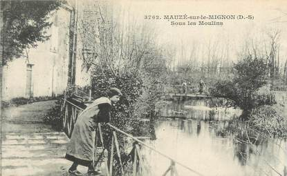 """.CPA  FRANCE 79 """"Mauzé sur le Mignon,  Sous les moulins"""""""