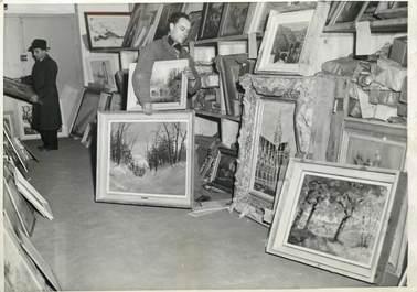 """PHOTO ORIGINALE / THEME """"1948, cadeaux et dons"""""""