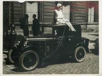 """PHOTO ORIGINALE /  THEME AUTOMOBILE """"départ du rallye auto des artistes de Paris Deauville"""""""