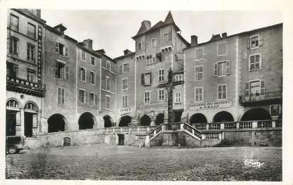 """. CPSM FRANCE 12 """"Villefranche de Rouergue, Place Notre Dame  """""""