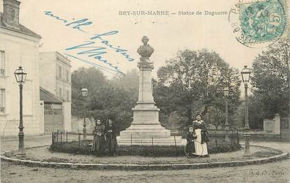 """. CPA  FRANCE 94 """"Bry sur Marne, Statue de Daguerre"""" / PHOTO"""