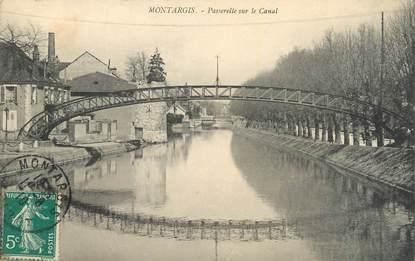 """. CPA  FRANCE  45 """"Montargis, Passerelle sur le canal"""""""