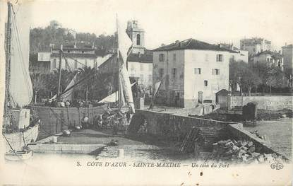 "CPA FRANCE 83 ""Sainte Maxime, un coin du port"""