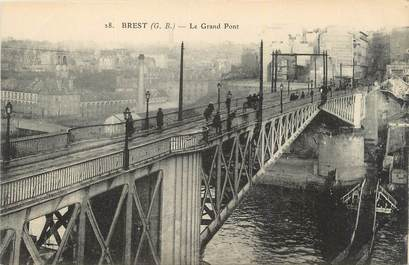 ".CPA  FRANCE 29 ""Brest, Le grand pont"""