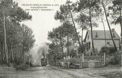 """. CPA  FRANCE 44 """" St Brévin l'Océan, Avenue centrale près la Villa Chantecler"""" / TRAIN"""