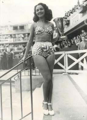 "PHOTO ORIGINALE / THEME ""Prix de la plus belle baigneuse 1947"""