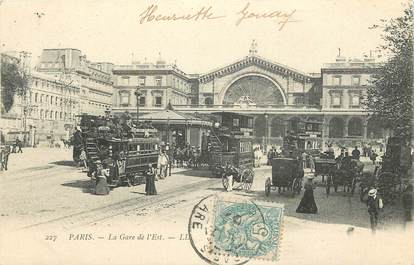 "CPA FRANCE 75009 ""Paris, la Gare de l'Est"" / BUS"