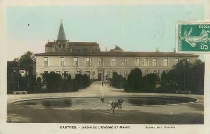 """CPA FRANCE 81 """"Castres, Jardin de l'évéché et Mairie""""."""