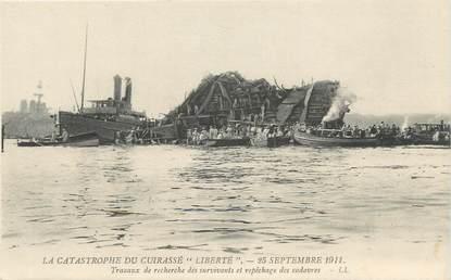 """CPA FRANCE 83 """"Toulon,  La Catastrophe du Cuirassé Liberté, 25 septembre 1911 """""""