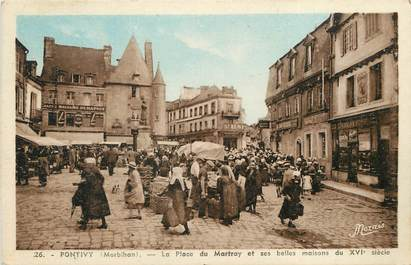 "CPA FRANCE 56 ""Pontivy, La Place du Martray"""